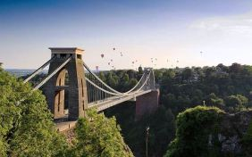 Bristol, 395,000 visitors in 2012
