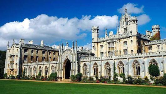 Cambridge, 398,000 visitors in 2012