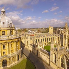Oxford, 430,000 visitors in 2012