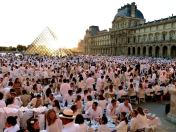 dinner in white, Paris