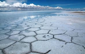 Dry season in the Salar De Uyuni, Bolivia