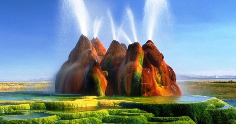 Pictures of another planet  - Fly Geyser