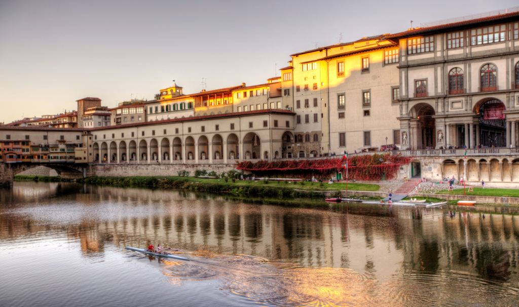 Uffizi Gallery and famous Ponte Vecchio bridge
