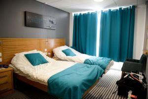 Nike tennis camp, room in Bisham Abbey campus, Verbalisti