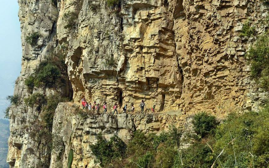 The most remote school in the world, Gulu, China