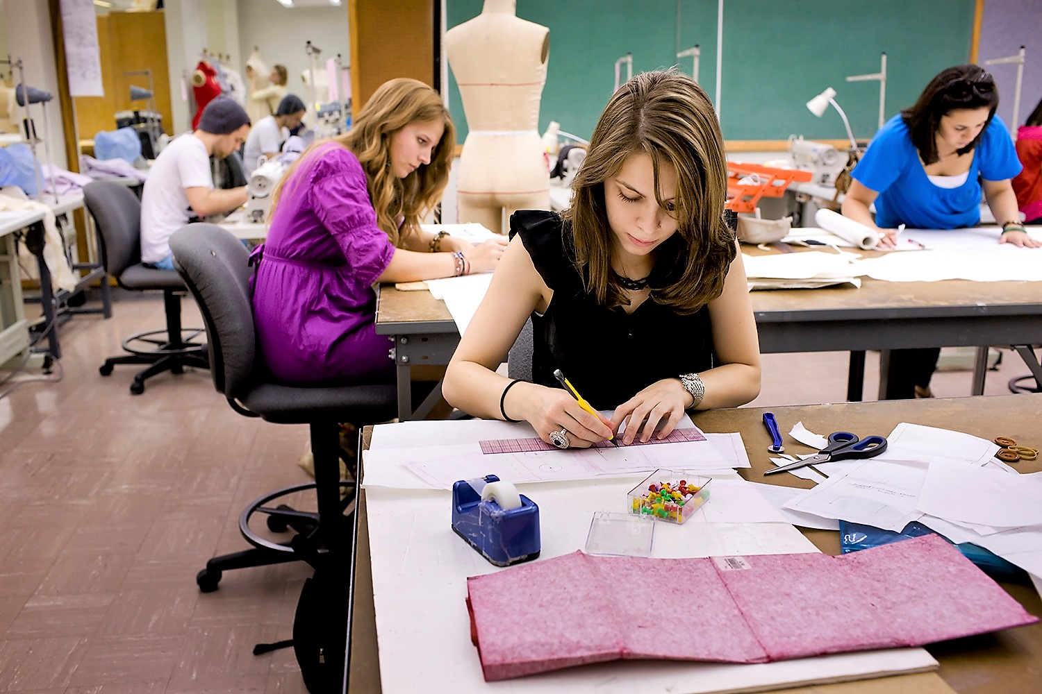 Top fashion design colleges in the world 52